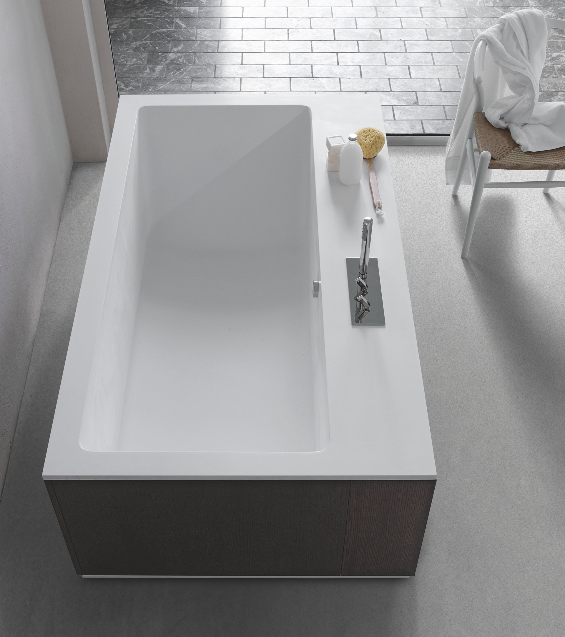 dark single bathtubs usa black bathtub bathroom huntshire set walnut wmro virtu dw gs in vanity