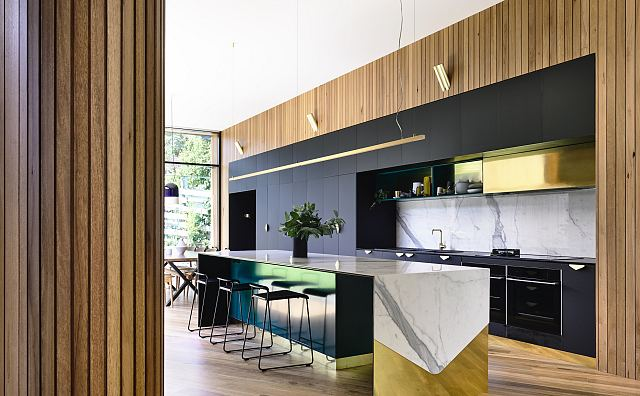 Ivanhoe House. Maximum Statuario bench top and splash back. Design by Auhaus Architecture + Interiors. Photography by Derek Swalwell.jpg