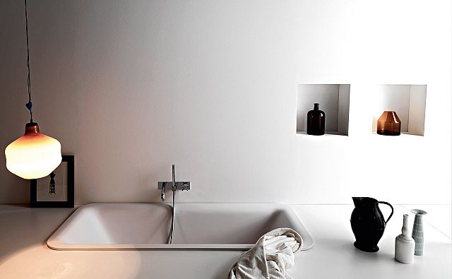 Agape Bathtubs Novecento Built-in.jpg