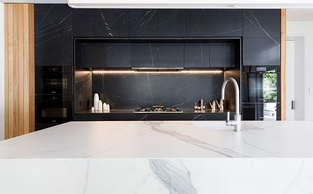 Maximum Marquina Honed + Statuario Matt by MGArchitecture.Interiors. Photography by Peter Mathew - 03.jpg