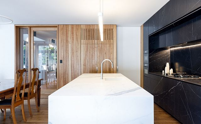 Maximum Marquina Honed + Statuario Matt by MGArchitecture.Interiors. Photography by Peter Mathew - 02.jpg