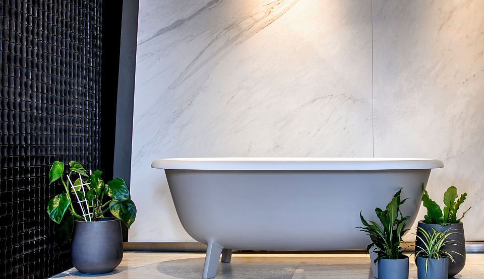 Maximum Michelangelo porcelain panels with Ottocento bath.jpg