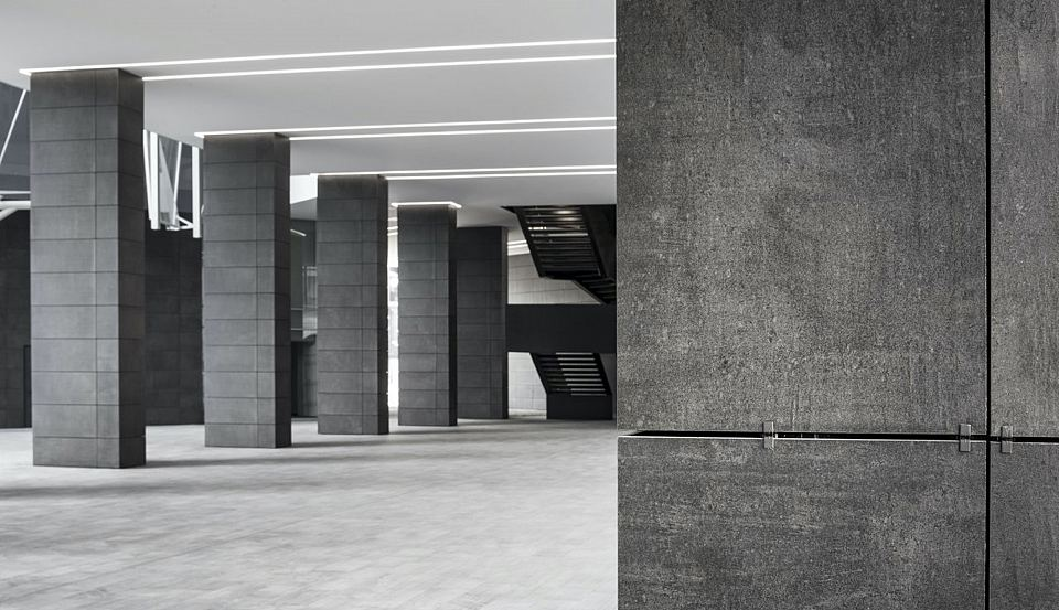 Floor and Walls in Core Shade Active in colours Cloudy and Sharp. De Castillia 23 by Urban Up, Gruppo Unipol, Milan.jpg
