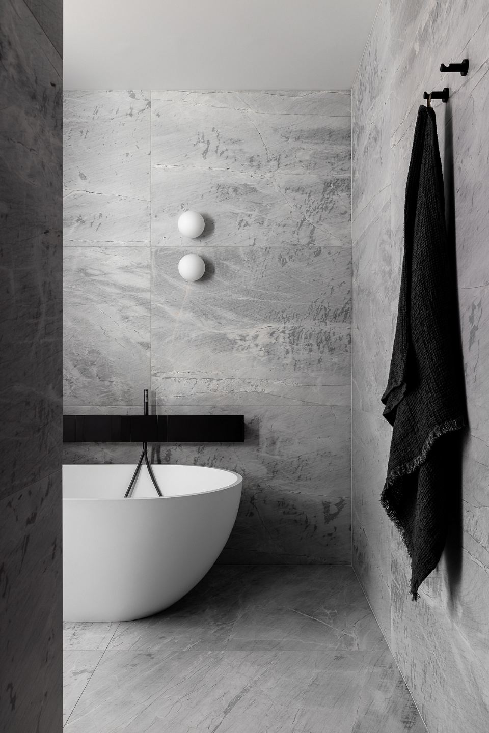 Elba Honed to bathroom floor and walls. Scalpellino House by Biasol