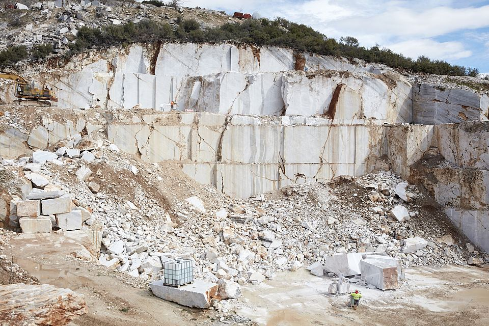 NEW-VOLUMES-QUARRY-LOW-RES_006.jpg
